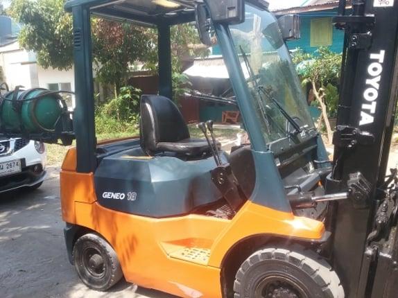 ขายด่วนforklift-toyota7fg18รถสวยใช้งานได้ดีสไลด์ได้เข้าที่แคบได้ชั่วโมงการใช้งานน้อย - Truck2Hand.com