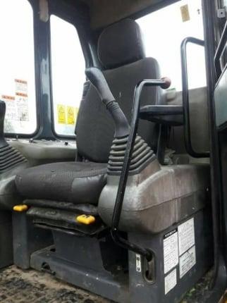 ขายจ้า KOMATSU  PC120-6  เก่านอกแท้  เครื่องปั๊มดี  เดิมๆๆ ปี2007  ใช้งานมาแค่  7,XXX  ชั่วโมง  โทร 089-7462641  สุวรรณี - Truck2Hand.com