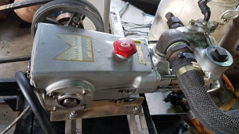 ปั้มพ่นยา maruyama ms800s รุ่นพิมพ์นิยม ตัดลงจากรถพ่นยาญี่ปุ่น ขนาด 1.2นิ้ว สภาพสวย เช็คเปลี่ยนซีลถ่ายของเหลวทุกอย่างแรงดันเต็มใช้อีกยาว - Truck2Hand.com