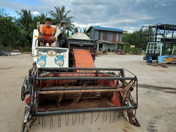 ขายอะไหล่รถเกี่ยวนวดข้าวคูโบต้า มือสองสภาพดี มีทุกชิ้นครับ สนใจชิ้นไหนโทรสอบถามได้ครับ - Truck2Hand.com