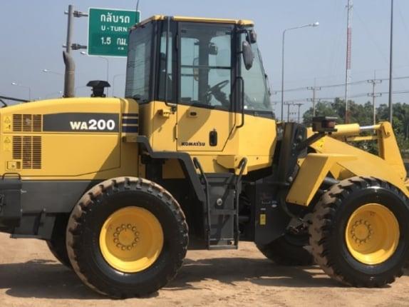 ขายรถตักล้อยาง KOMATSU WA200-6 ปี 2012 รถนอกนำเข้าเองจากญี่ปุ่น สภาพสวยพร้อมใช้ มีVDOการทำงานครับ - Truck2Hand.com