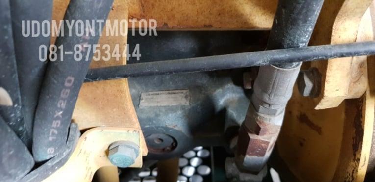 ขาย รถขุด KOMATSU รุ่น PC30-7- มือสองญี่ปุ่น แทรกเหล็ก สลัก บูทเอวแน่น 100\% สวยพร้อมใช้งาน มือถือ 0818753444 - Truck2Hand.com