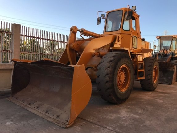 ขายรถตักล้อยางCAT916 สภาพพร้อมใช้งาน - Truck2Hand.com
