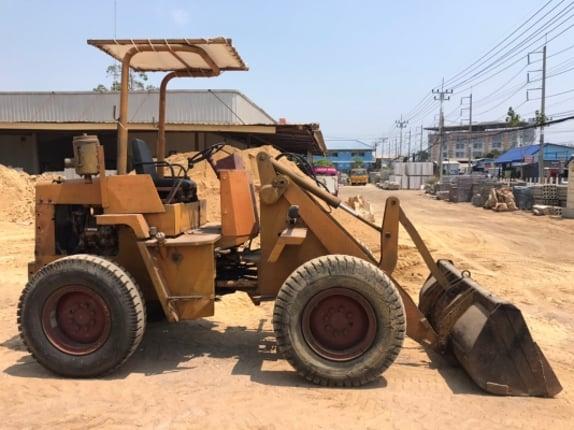 #ลูกค้าฝากขาย#รถตัก komatsu 505 พร้อมใช้ครับ ติดต่อ 063-9316985 ID LINE : 0639316985 ครับ - Truck2Hand.com
