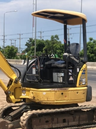 ขายรถขุด KOMATSU PC30MR-2 ปี 2006 นำเข้าเองจากญี่ปุ่น สภาพสวยพร้อมใช้งาน มีVDOการทำงานครับ - Truck2Hand.com