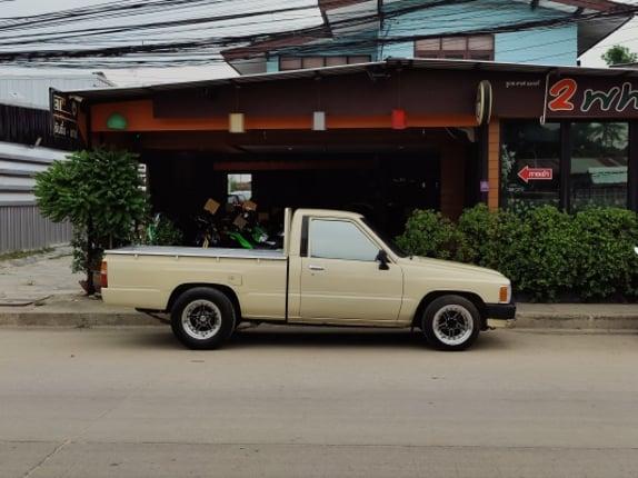 Toyota Yn50 กระบะช่วงสั้น4ขอ - Truck2Hand.com