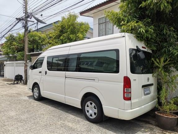 จด2012ขายรถตู้ Commuter D4D เครื่องดีเซล 4แถวสภาพเดิมห้าง ไมล์แท้190000km รถจากราชการ เจ้าของขายเอง - Truck2Hand.com