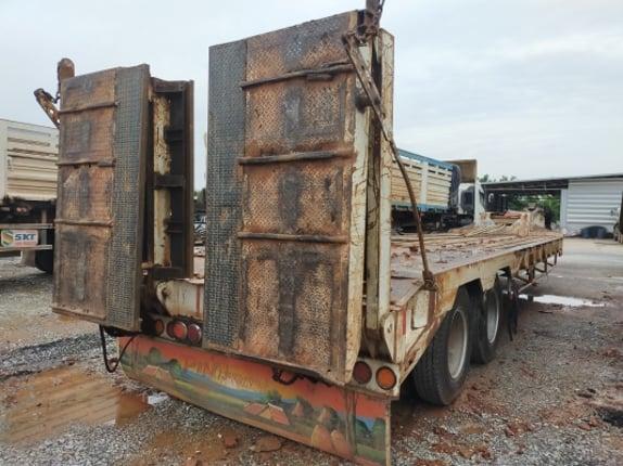 ขายหางโรเบทบรรทุกแบคโฮอู่พนัส 2 เพลา - Truck2Hand.com