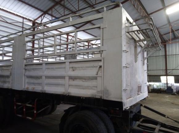 หางพ่วง 3เพลา ไม่ดั้ม พนัส  ปี 47 - Truck2Hand.com