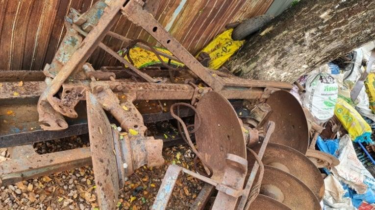 ขายตามสภาพ ไม่มีทะเบียน รถไถ FORD 6610 เสื้อลาย เกียร์กลาง FA คานหน้าไม่มีชุดขับ อุปกรณ์ 3 ชิ้น ราคาต่อรองได้ครับ - Truck2Hand.com