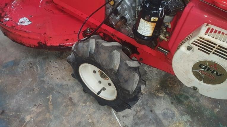 รถตัดหญ้าเดินตาม 21000 บาท - Truck2Hand.com