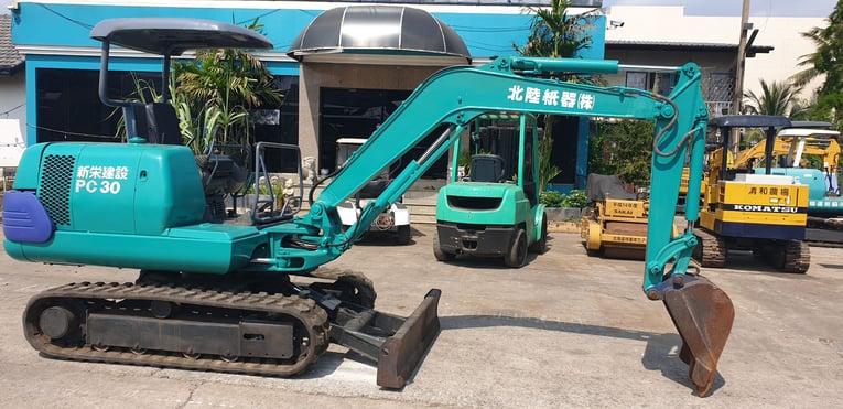Komatsu PC25-1A นำเข้าจากญี่ปุ่น สภาพพร้อมใช้งาน โทร  089-0080077 089-0050007 086-0044333 065-8844400 www.sangenjp.com www.nmc99.com - Truck2Hand.com