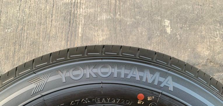 ยางป้ายแดง 205-70-15 Yokohama ปลายปี 20 สวยกริ๊บๆ ใส่กับรถกระบะตัวเตี้ยได้ทุกรุ่น - Truck2Hand.com