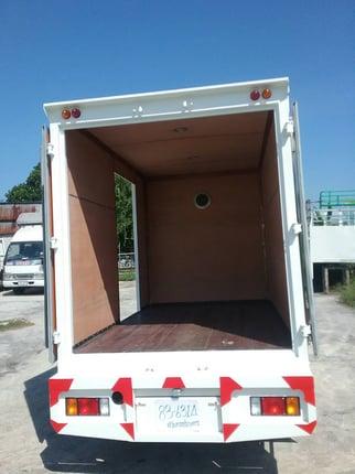 """ISUZU NLR 4 ล้อ ((รถห้างแท้)) เครื่อง 130 แรง เทอร์โบ ปี 2554 รถถูกคัดสรรผ่านมาตรฐาน"" - Truck2Hand.com"