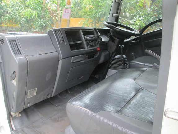 NLR 130 มือ1 ไมล์ 150000 KM  ตู้สามมิตร - Truck2Hand.com