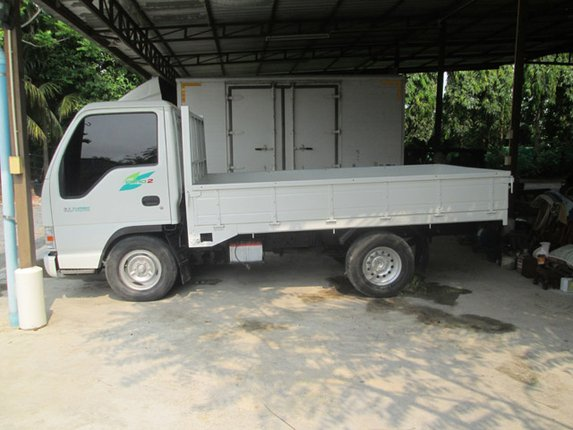 NKR 150 แรง ป้ายเล็กไม่ทิดเลลา กระบะย. 3.20 เมตร - Truck2Hand.com
