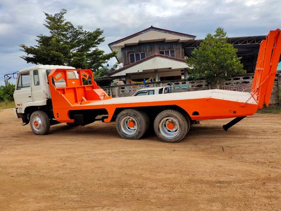 13/11/63 เทรลเลอร์ท้ายลาดนิสสัน CWM430M230 แรง เกียร์10 สปีด ราคา 550,000 พิษณุโลก - Truck2Hand.com