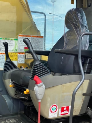 ขายรถขุด KOMATSU PC200-8 นำเข้าจากญี่ปุ่น พร้อมใช้ มีVDOการทำงานครับ - Truck2Hand.com
