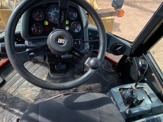 ขายรถตักล้อยาง CAT 910G นำเข้าจากญี่ปุ่น พร้อมใช้ มีVDOการทำงานครับ - Truck2Hand.com
