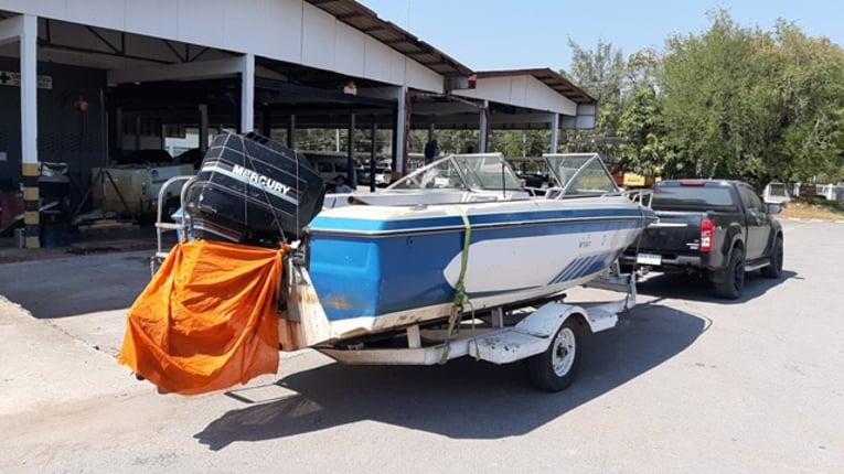 ขายเรือไฟเบอร์ ขนาด21ฟุต เครื่อง215แรงเมอร์คิวรี่ ให้เทรนเลอร์ลาก - Truck2Hand.com