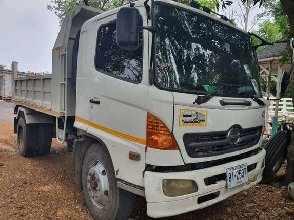 ขาย 755,000 บาท Hino  - Truck2Hand.com