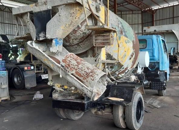 ขาย 335,000 รถ 6 ล้อโม่ตรง 3 คิว ISUZU - Truck2Hand.com
