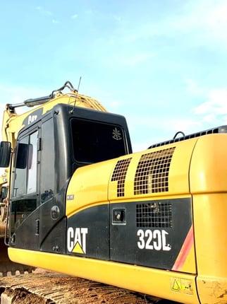 ขายด่วน Caterpillar. 320D  FAL.  - Truck2Hand.com