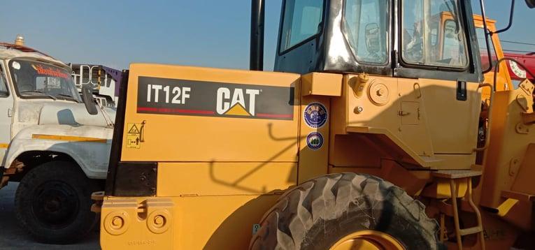 รถตัก cat IT12F (เทียบเท่า100W) - Truck2Hand.com