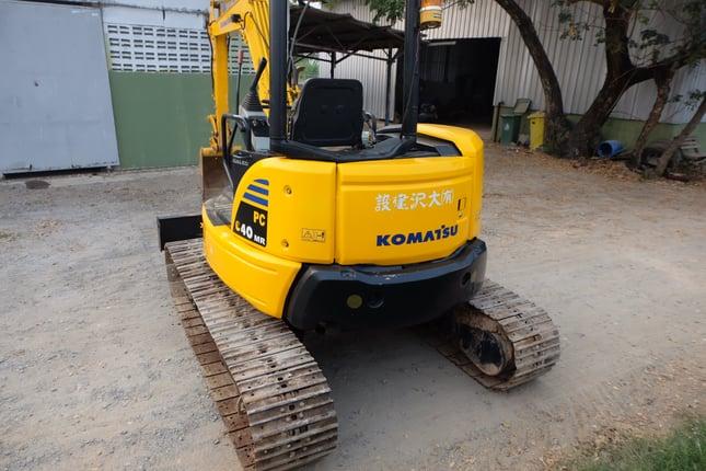 Komatsu pc40mr-2 พิมนิยม สวยแรง โทร 086-1602189 - Truck2Hand.com