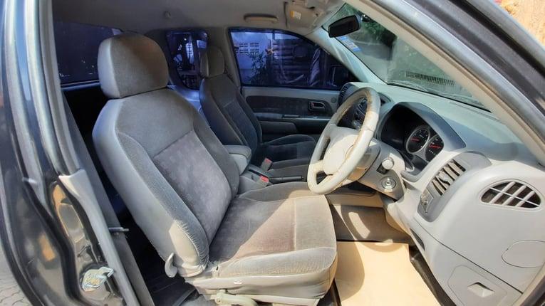 Isuzu Dmax cab LS 3000 auto4wd ปี2002 รถเดิมบางสภาพสวย ซอกเดิมคานเดิมทั้งคัน ไม่มีชน เครื่องเกียร์ช่วงล่างดีมาก แชสซีสวย ยางดี ภายในสะอาด เบาะผ้าเดิมโรงงานไม่มีขาด รถพร้อมใช้งานมาก 178,000บาท T.0951909001  - Truck2Hand.com