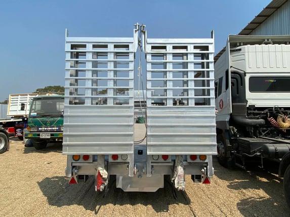 12 ล้อ Hino S700 เครื่องE13 นำเข้าแท้ทั้งคัน ต่อกระบะท้ายลาดสะพานท้ายไฮโดรลิค/ต่อกระบะดั๊ม แท่นเตี้ย ถุงลม/แหนบ  มีบริการไฟแนนซ์ถึงบ้าน สนใจติดต่อ 0910916151  - Truck2Hand.com