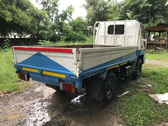 Isuzu 4 ล้อ ป้ายเล็ก - Truck2Hand.com