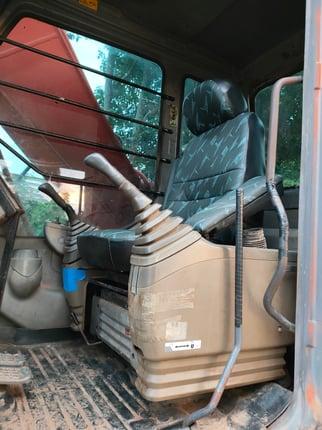 ขายแบตโคร HITASHI ZX 200-1 ไฟฟ้าครบ แอร์เย็น ช่วงล่างพร้อมใช้งาน เครื่องปั้มดีเยี่ยม ทำงานเร็วไม่โหลด เอกสารเล่มทะเบียน พร้อมลงงานครับ สนใจสอบถามไว้ใช้งาน โทร 093-0764943 K ตั้ม - Truck2Hand.com