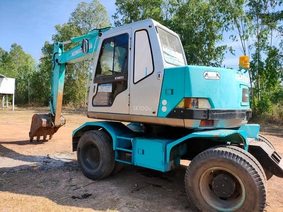 ขาย แบตโคร KOBELCO SK100W SUPER (เก๋งเหลี่ยม)สภาพสวย เดิมๆ เก่านอก เครื่อง 6D34 ไฟฟ้าสมบูรณ์ เครื่องปั้มดีเยี่ยม รถพร้อมใช้งาน สนใจสอบถาม 093-0764943Kตั้ม - Truck2Hand.com