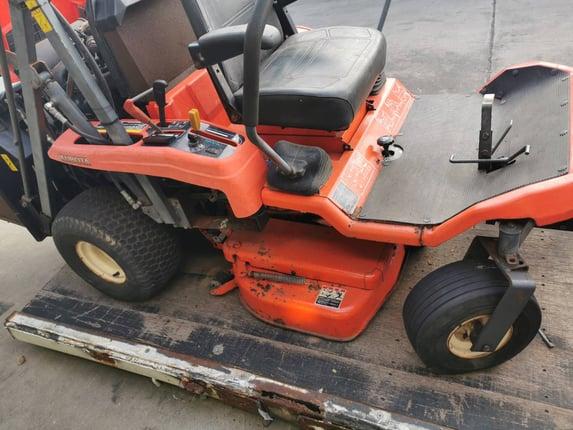 ขายรถตัดหญ้านั่งขับคูโบต้า ดีเซล - Truck2Hand.com