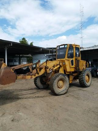 ขายรถตักล้อยาง CAT 920 ต่อแขนแล้ว เก๋ง-แอร์ พร้อม  เครื่อง-เกียร์ดี พร้อมใช้ 450,000 บาท ติดต่อ คุณวัลลพ 081-7555888 (เจ้าของขายเอง) - Truck2Hand.com