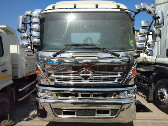HINO FM1A344 ปี55 สิบล้อหัวลากสองเพลา - Truck2Hand.com