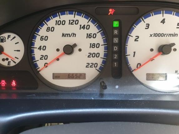 ขายรถบ้านมือเดียวไมล์วิ่ง6หมื่นโล nissan sunny super neo ปี2002  เกียร์ออโต้ เครื่องดีมาก ไม่เคยติดแก๊ส สีเดิมโรงงาน ดูรถแยกห้วยขวาง ขาย85,000บาท - Truck2Hand.com