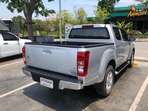 รถกระบะ 4 ประตู ISUZU DMAX ปี 2015 เกียร์ธรรมดา สภาพดีมาก เดิม ๆ ทั้งคัน เจ้าของดูแลอย่างดี - Truck2Hand.com